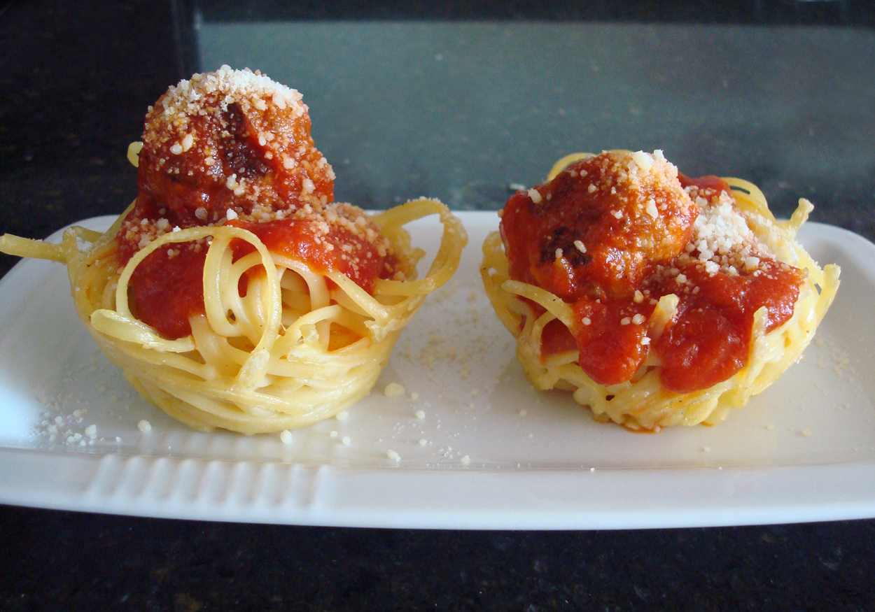 Spaghetti and Meatball Cupcakes