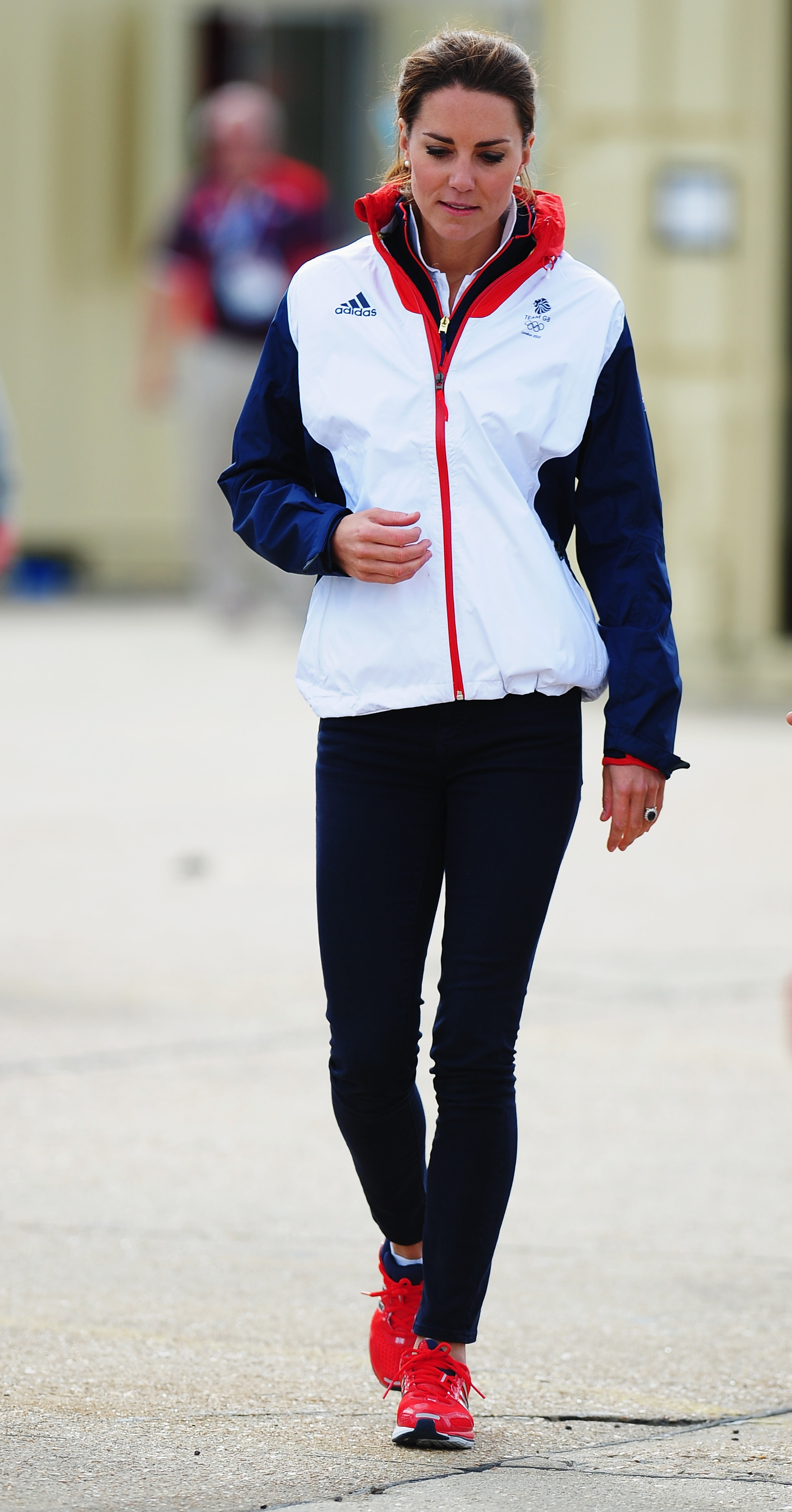 Kate's teamed a Team GB tracksuit top with skinny jeans ...