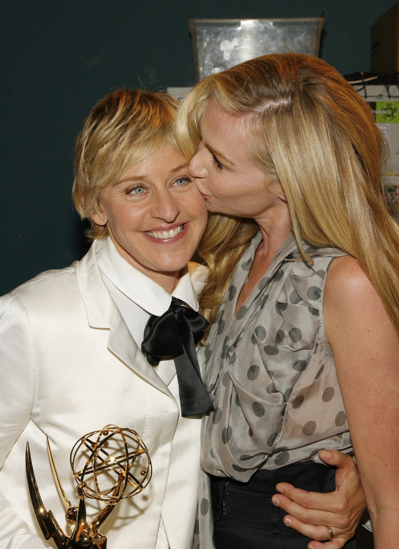 Portia de Rossi kissed Ellen DeGeneres after her Emmy win ...