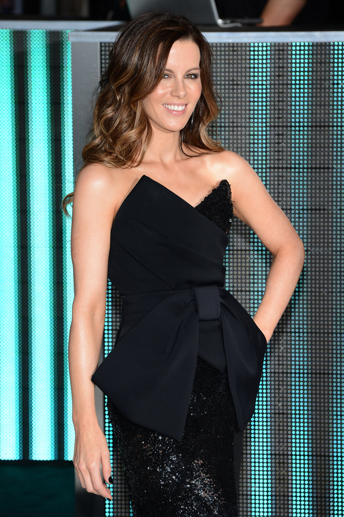 Kate Beckinsale smiled for the cameras.