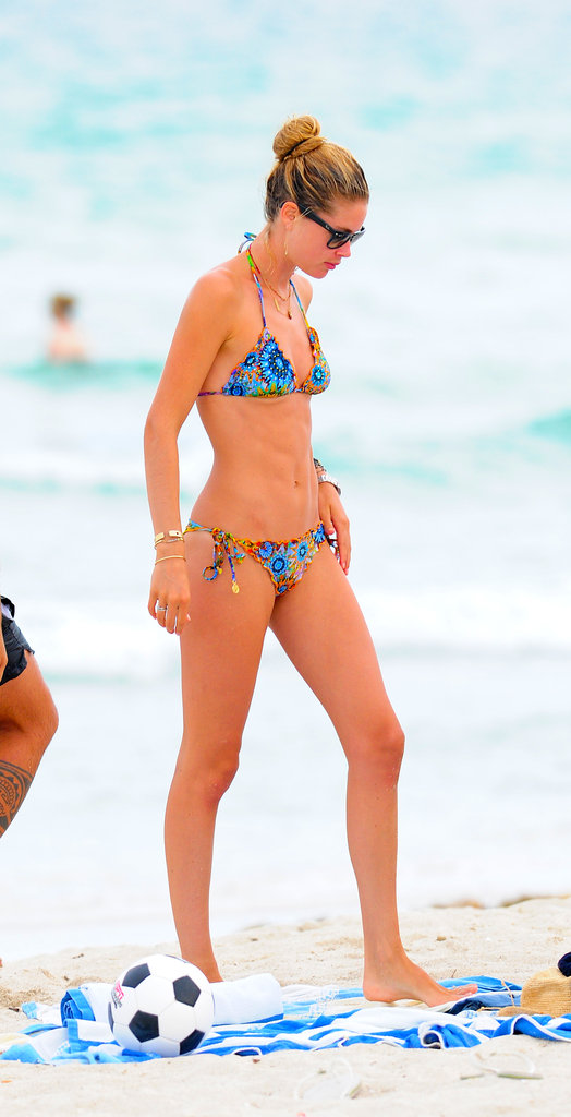 Victoria's Secret model Doutzen Kroes revealed her toned and taut body at Miami Beach in Florida on August 15.