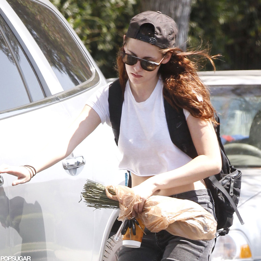 Kristen Stewart had her hands full.