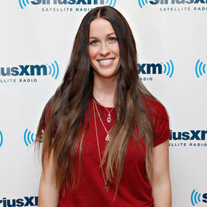 How to Get Alanis Morissette's Hairstyle