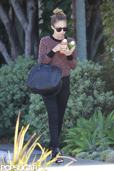 Nicole Richie Juggles Juice as She Gets Back to Business