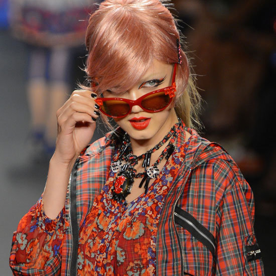 Pictures and Review of Anna Sui Spring Summer New York Fashion Week Runway Show