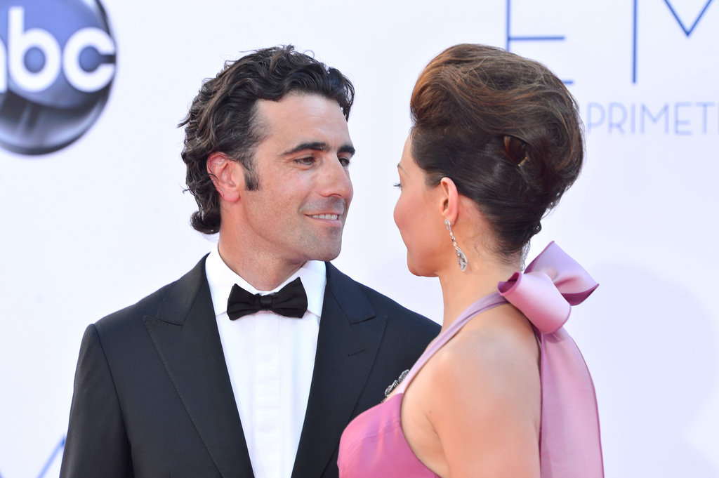 Ashley Judd and Dario Franchitti gave each other a gaze on the red carpet.