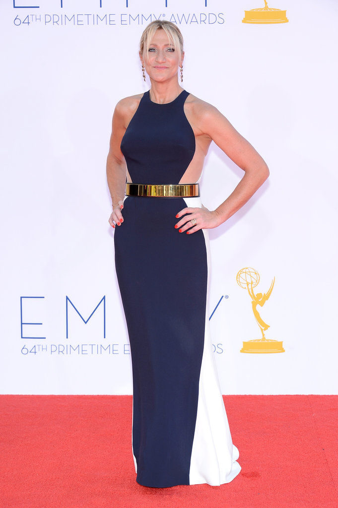 Anderson and Macy's mama, Edie Falco, took a turn on the red carpet in a stunning Stella McCartney gown.