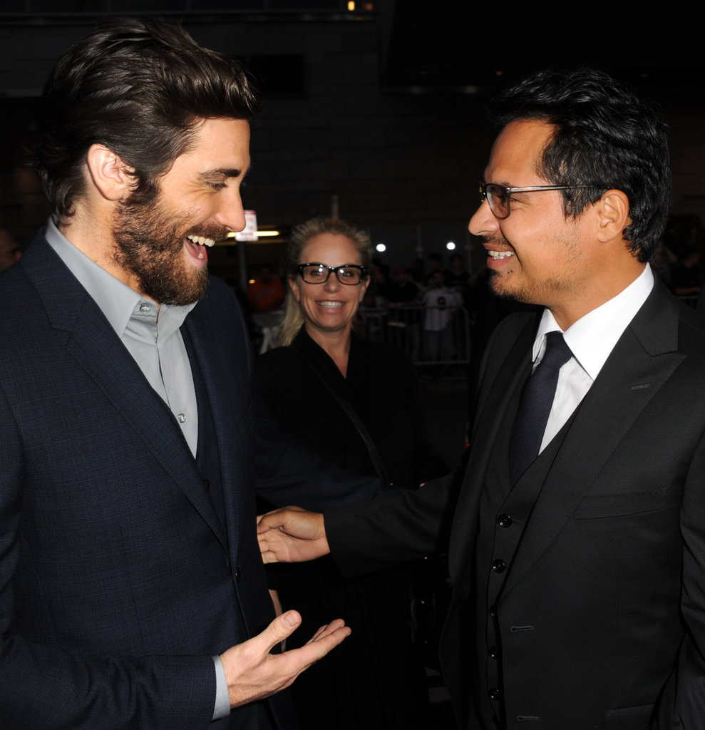 Jake Gyllenhaal goofed around with pal Michael Peña at the End of Watch premiere in LA.