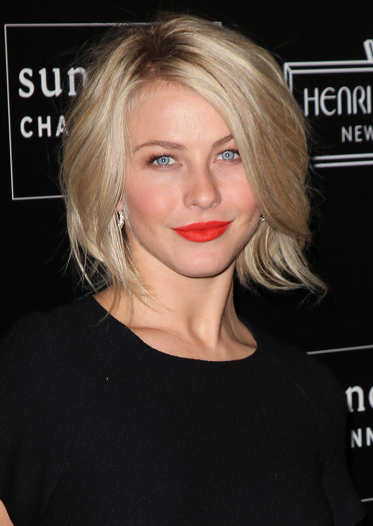 Julianne Hough wore bright red lipstick with a black dress. | Julianne Hough Fergie and Hailee ...