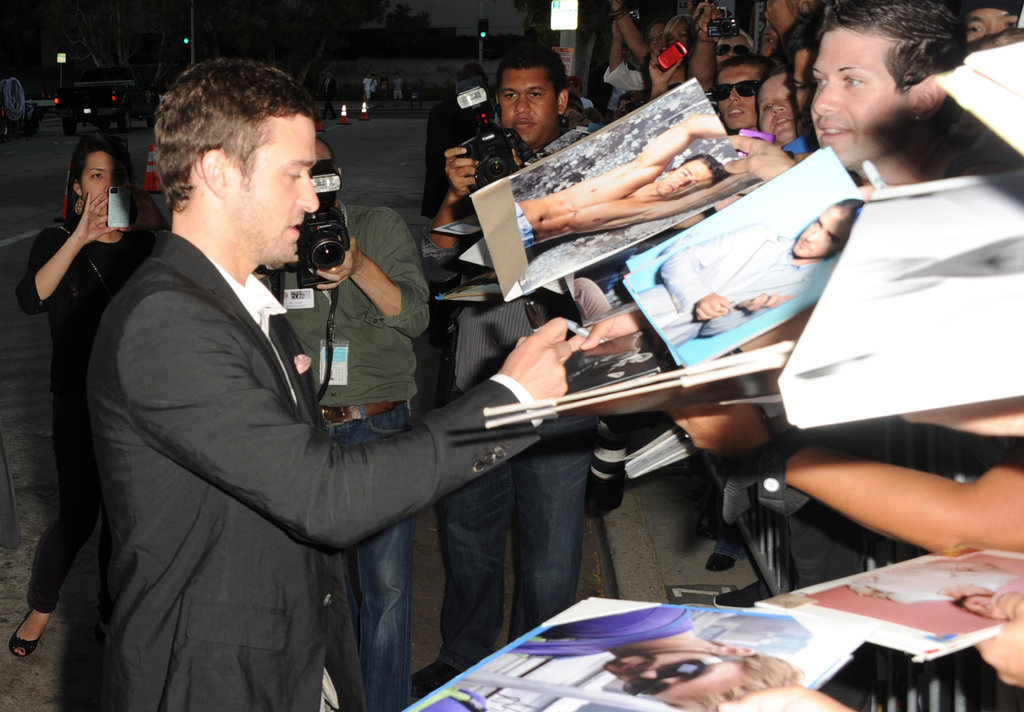 Justin Timberlake signed autographs before his Trouble With the Curve premiere in LA.
