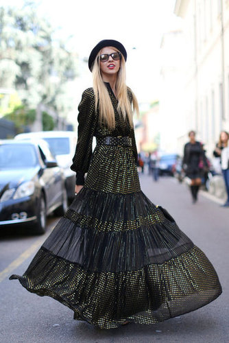 A statement-making maxi and a Fall hat added up to this snap-worthy moment.