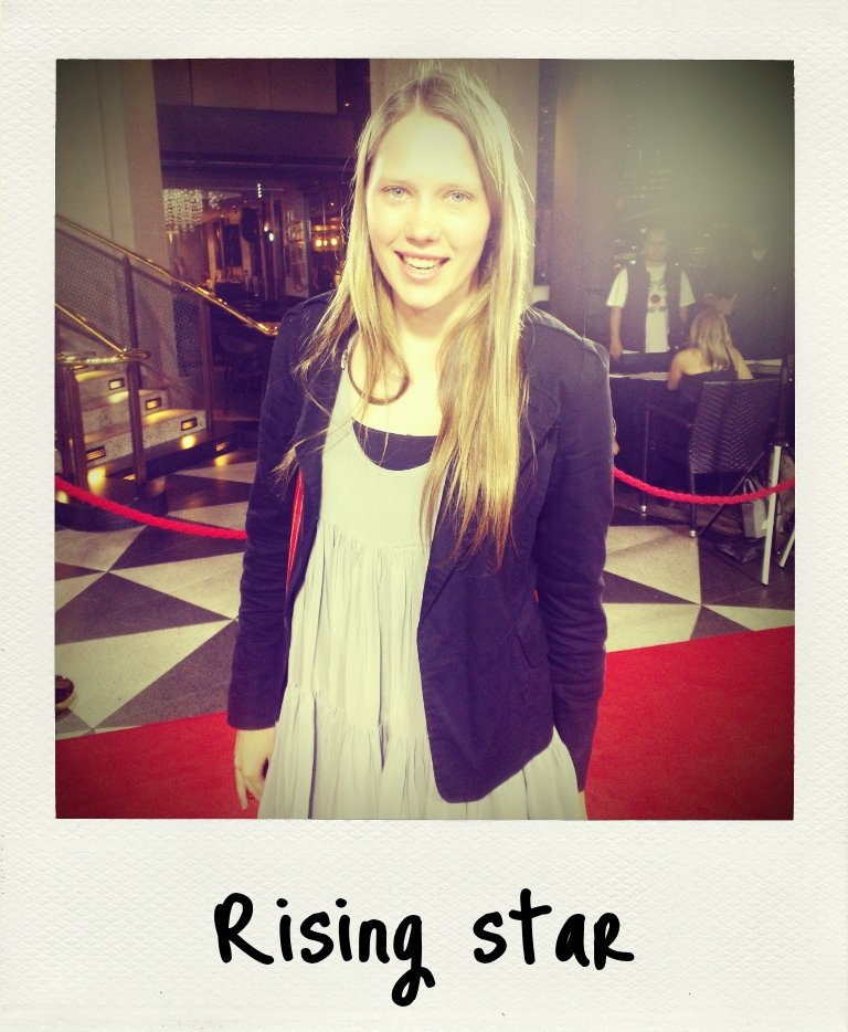 I spoke to Puberty Blues star Brenna Harding at the premiere of Killing Them Softly — she plays Sue. She's super cute, looks younger in real life, and had so much enthusiasm for the Aussie drama series. She's got big things ahead of her!