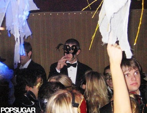 Justin Timberlake held court over his own NYC masquerade party in 2005.