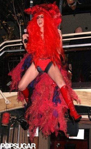 Heidi Klum hosted her 2004 Halloween party in NYC.