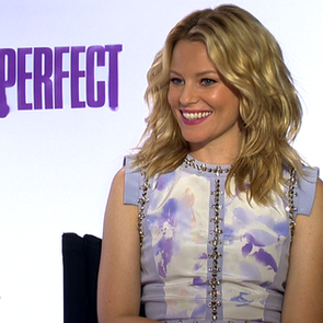 Elizabeth Banks Pitch Perfect Video Interview