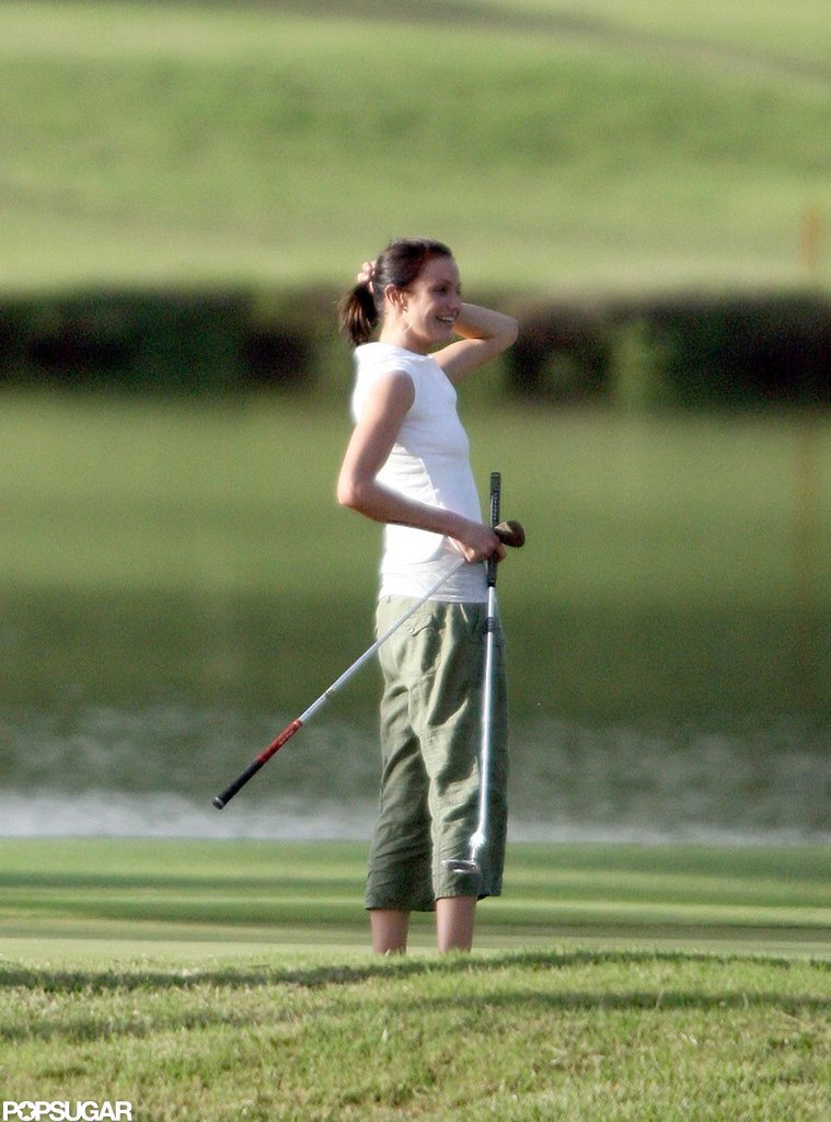 Cameron Diaz went for a round during a January 2007 trip to Oahu, HI.