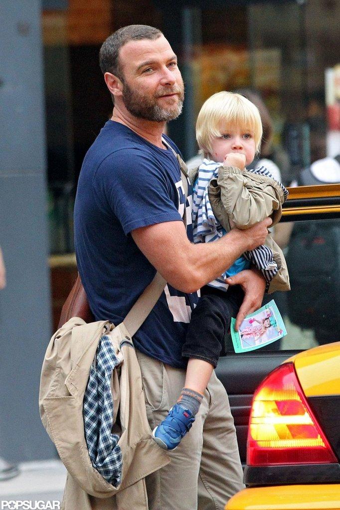 Liev Schreiber carried Kai Schreiber in NYC.