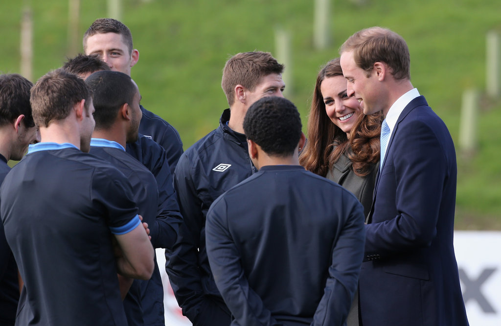 Kate Middleton and Prince William chatted with English soccer players.