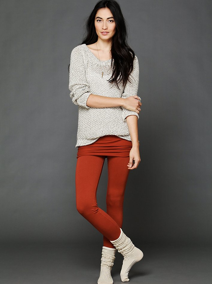 We love the dancer-esque fold-over detail on these Nightcap Skinny Fleece Pants ($118).