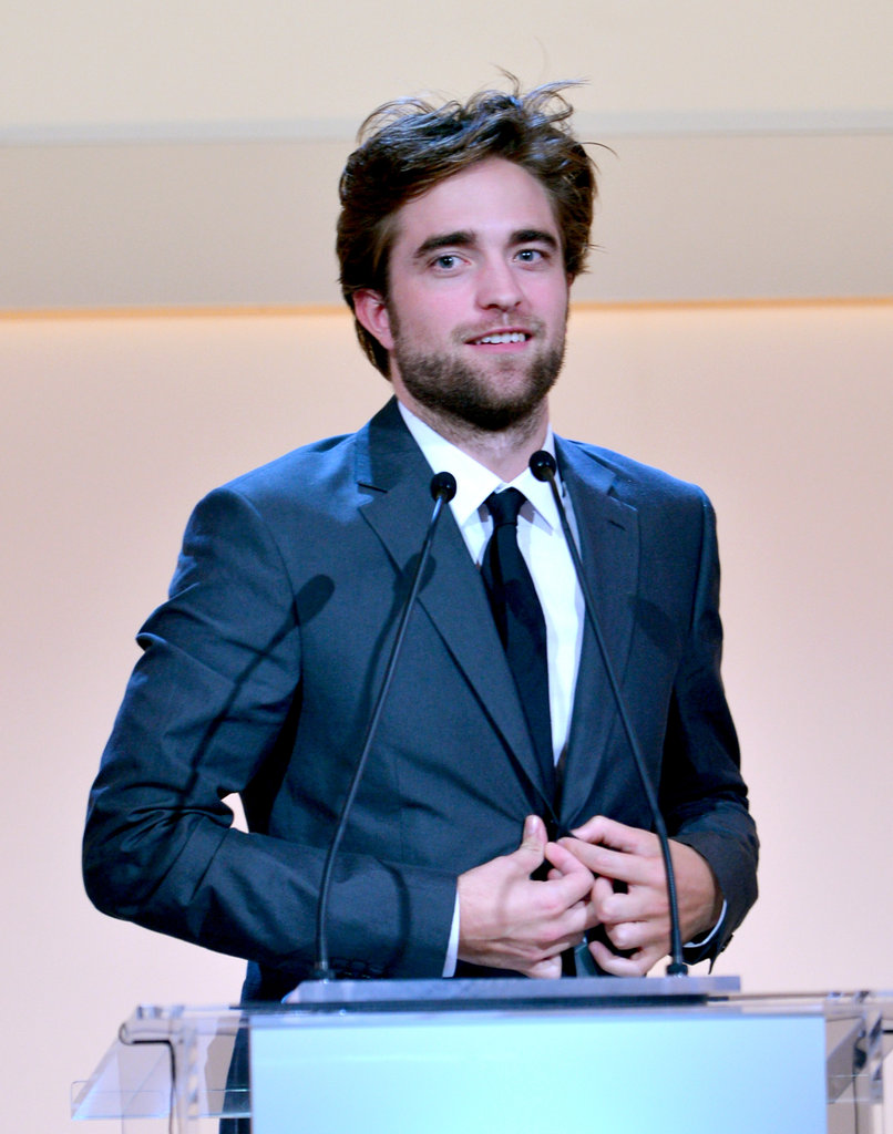 Robert Pattinson wore a suit to attend the awards.