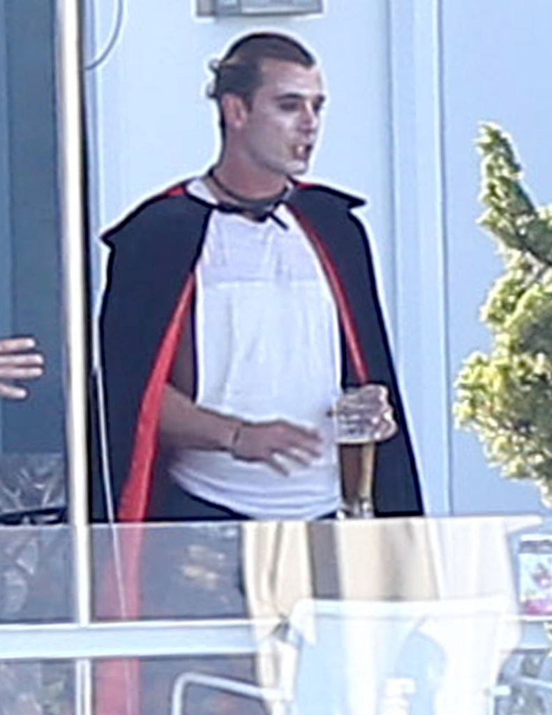 Gavin Rossdale wore a Dracula costume to celebrate Halloween at a party at his LA home Saturday.