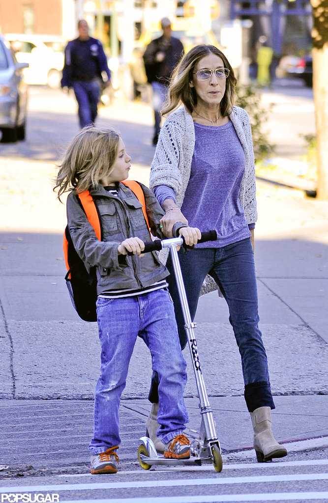 Sarah Jessica Parker and James Wilkie Broderick walked to his school.