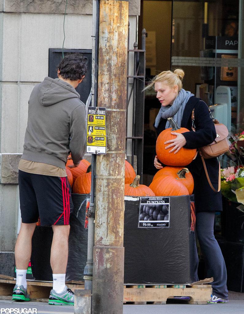Claire Danes picked up pumpkins in Toronto with husband Hugh Dancy.