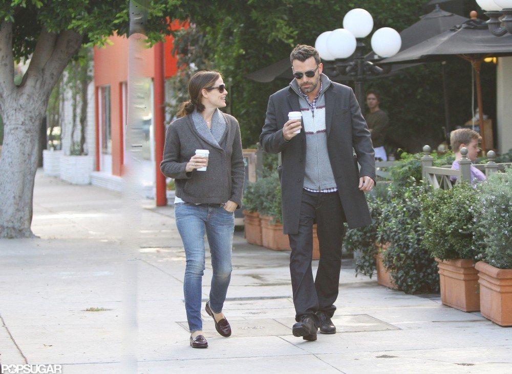Jennifer Garner chatted with her husband Ben Affleck.