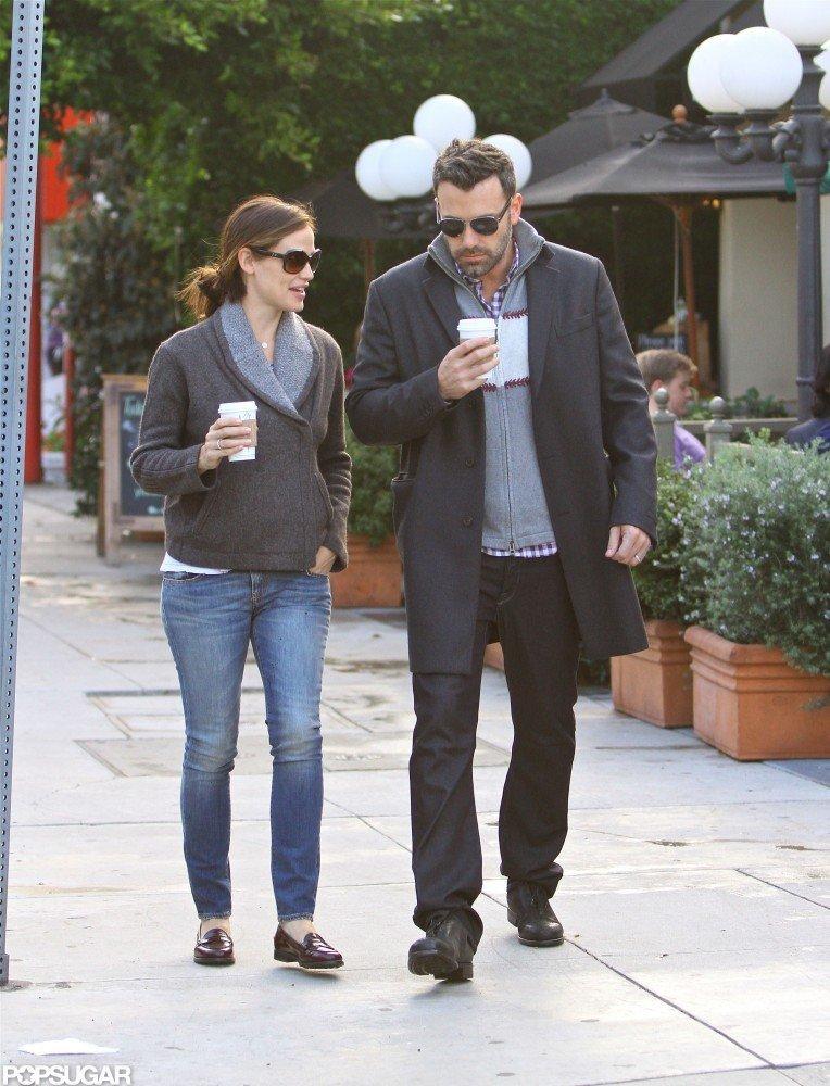 Jennifer Garner and Ben Affleck left their local Starbucks.