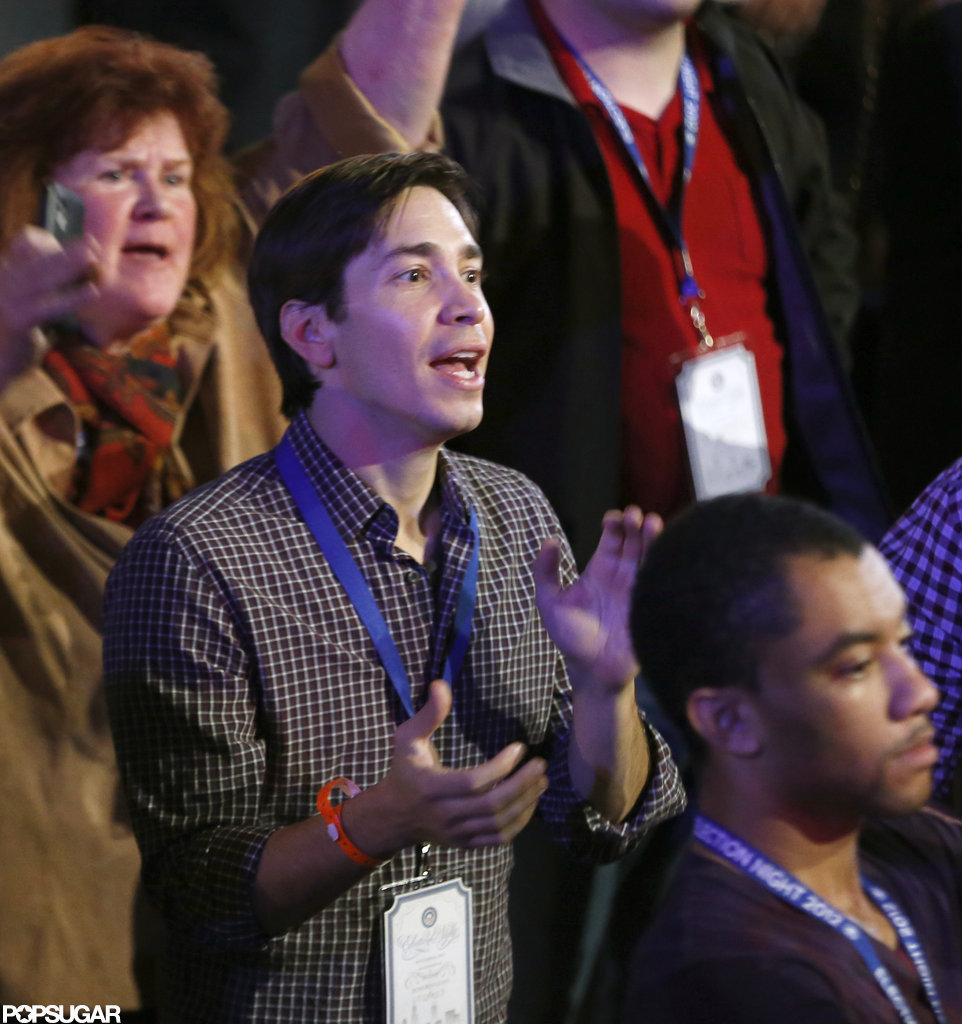 Justin Long celebrated in Chicago with the president.