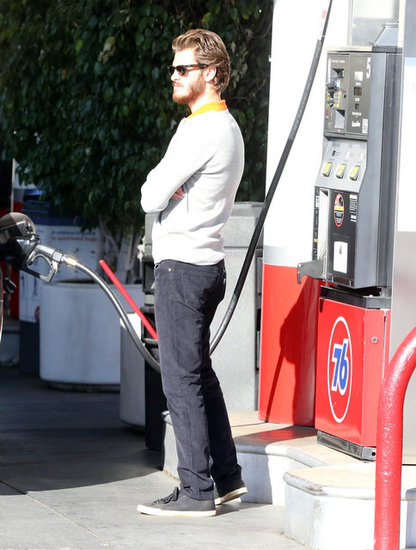 Andrew Garfield stopped at an LA gas station.