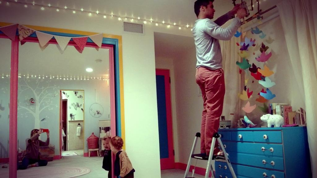 Jessica Alba and Cash Warren did some redecorating in their girls' room. Source: Twitter user jessicaalba