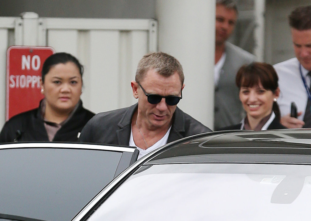 Daniel Craig Slips Into Sydney Before Tonight's Big Skyfall Premiere