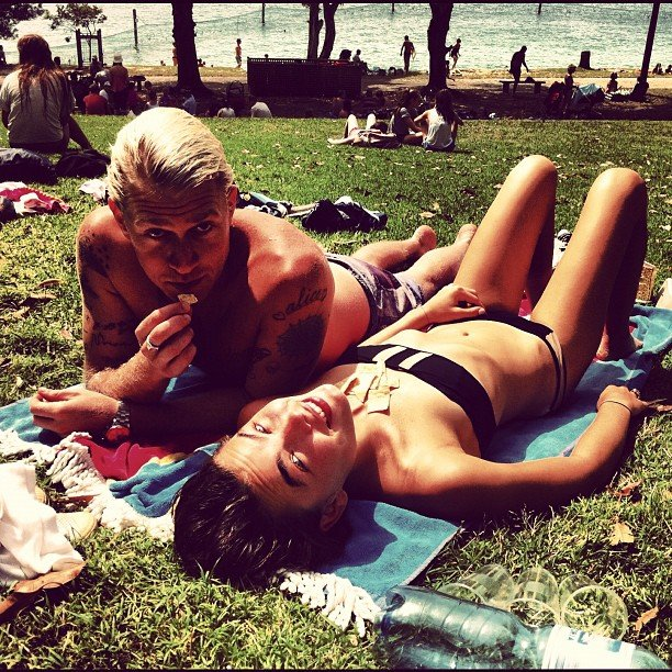 Bambi and her boyfriend Dan Single soaked up some rays. Source: Instagram user stefbambi_