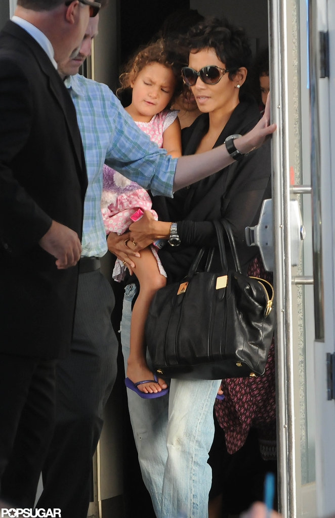 Halle Berry carried Nahla Aubry into the Yo Gabba Gabba show in LA.