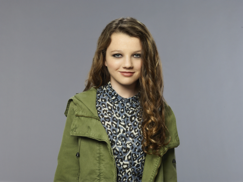 Stefania Owen as Dorrit on The Carrie Diaries.