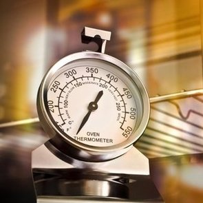 Why You Should Buy an Oven Thermometer