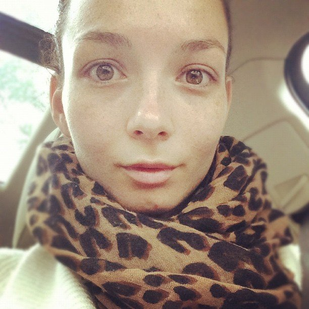 Ricki-Lee Coulter went bare-faced after a facial. Source: Instagram user therickilee