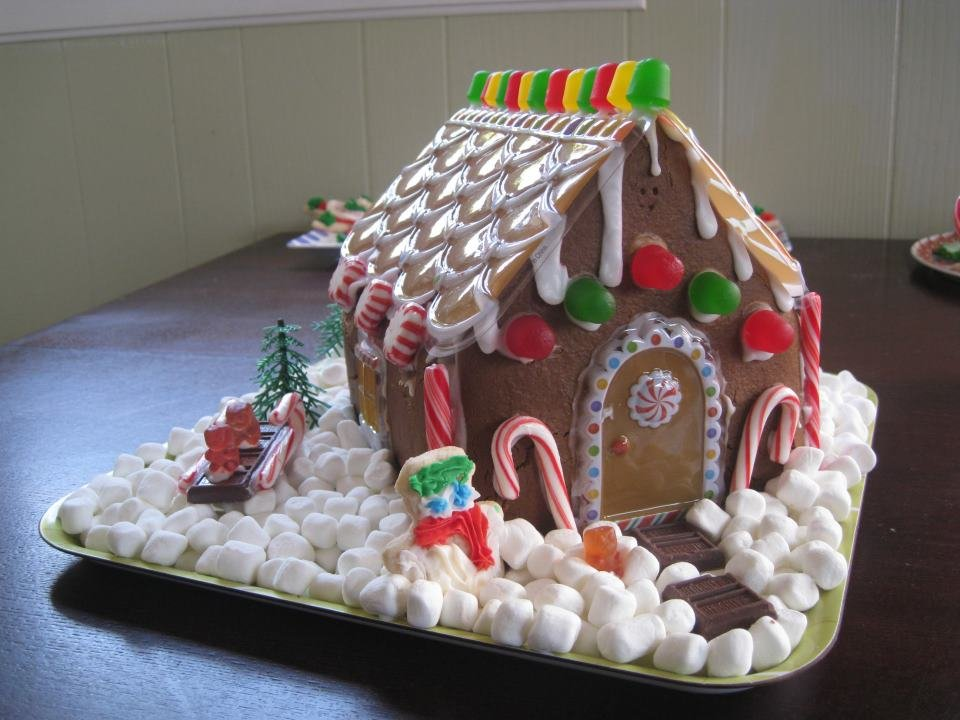 Sensitive Sweets Allergy-Free Gingerbread House