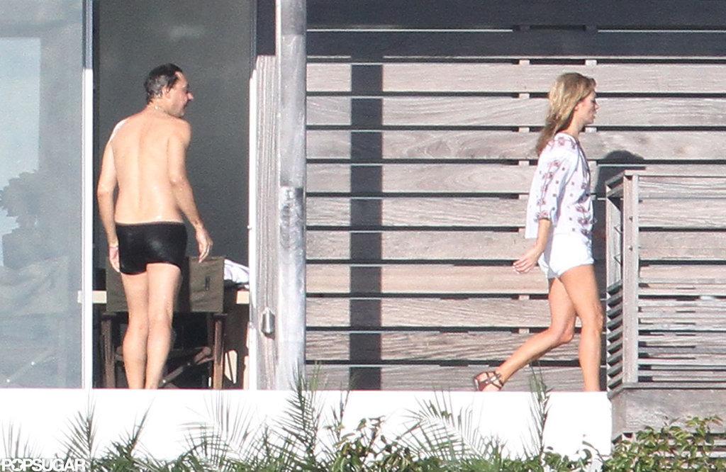 Jamie Hince took a dip in the pool.