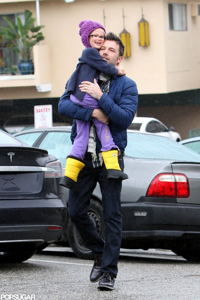 Ben Affleck gave Violet Affleck a lift.