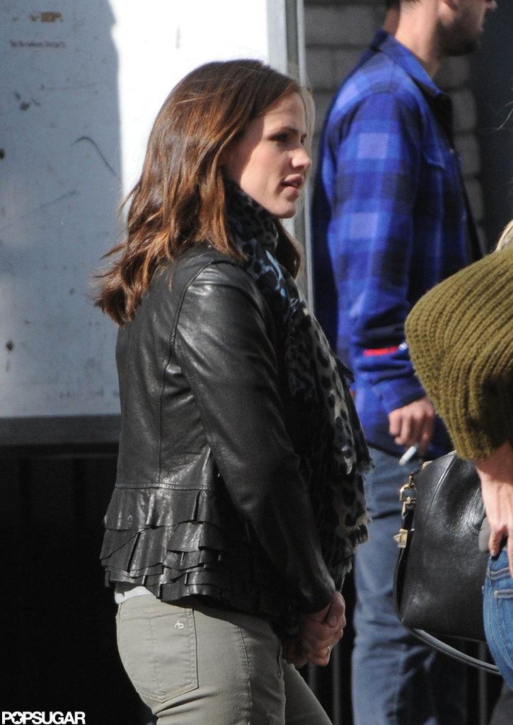 Jennifer Garner wore a leather jacket to stop by a studio in LA.