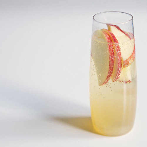 Easy fruity champagne cocktail popsugar food for Easy fruity mixed drinks