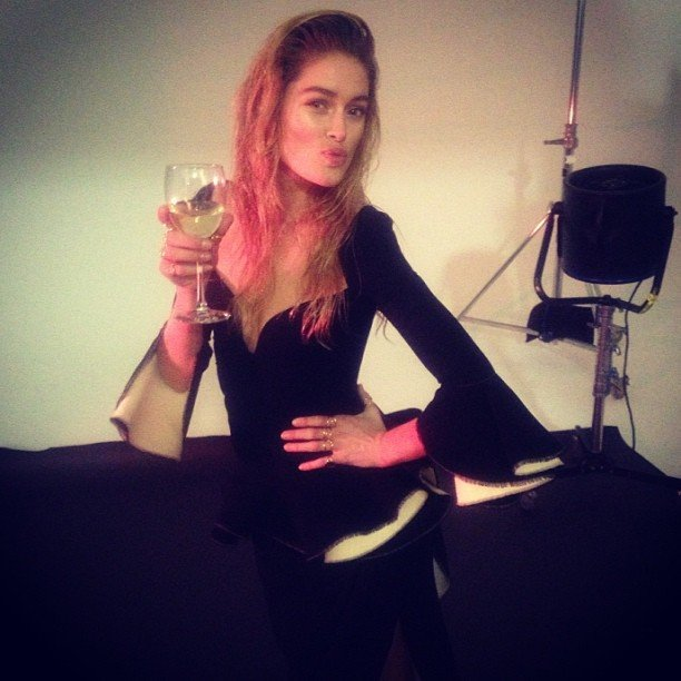 Doutzen Kroes enjoyed a drink on her last day of work. Source: Twitter user Doutzen