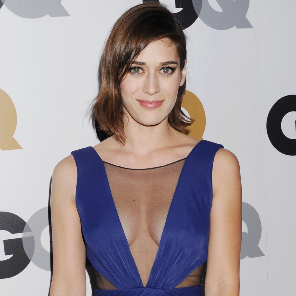 Lizzy Caplan earned a  million dollar salary, leaving the net worth at 4 million in 2017