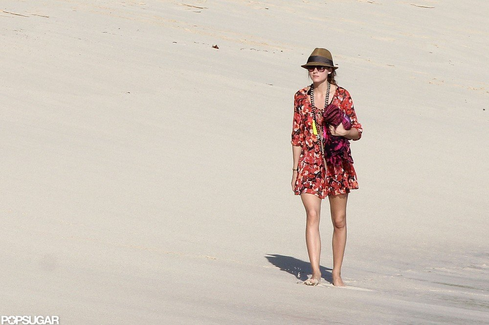 Olivia Palermo took a stroll along the beach.