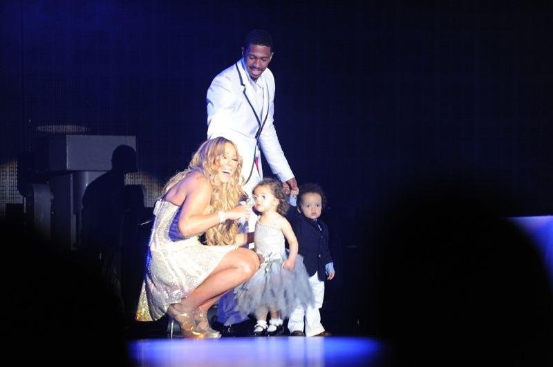 Mariah Carey brought Monroe and Moroccan on stage during a performance in Australia this week.  Source: Twitter user mariahcarey