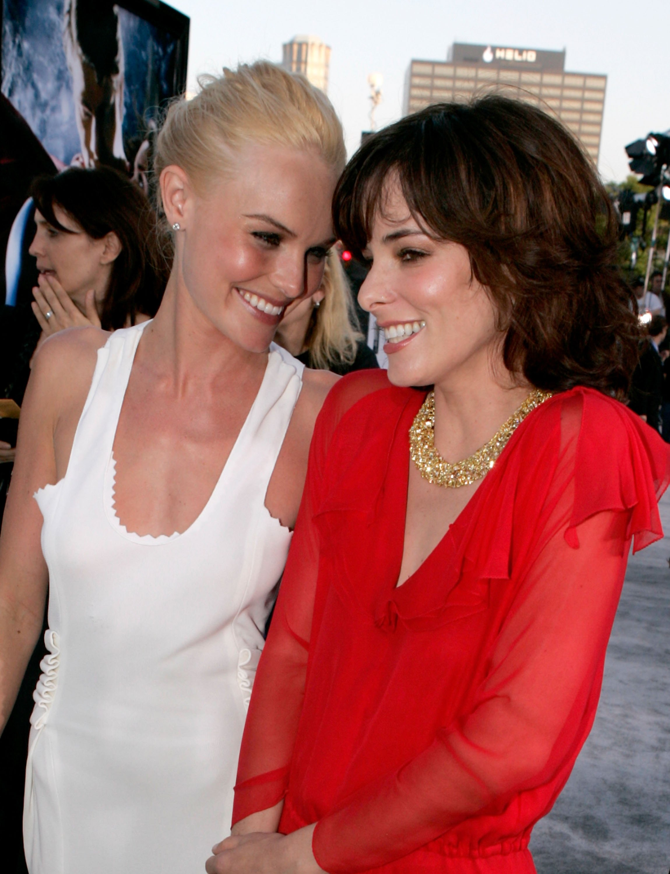 Photo of Parker Posey & her friend, celebrity  Kate