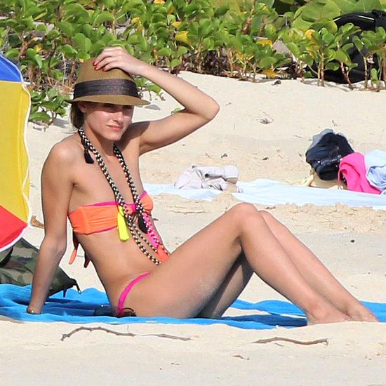 Jessica Alba, Jennifer Aniston & Olivia Palermo In Bikinis