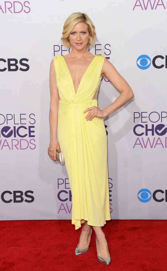 Brittany Snow wore a yellow gown.